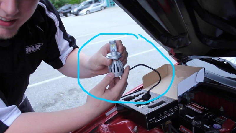 Đèn led ô tô là gì ?