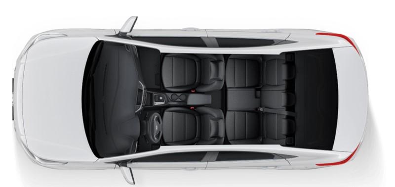 Accent Hyundai nhìn từ trên cao xuống với nội thất sang trọng