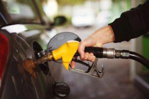 1 lít xăng đi được bao nhiêu km xe ô tô