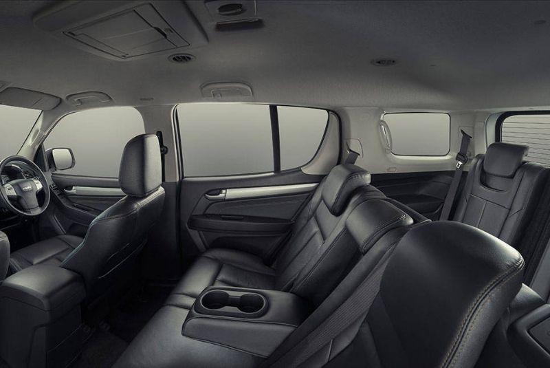 Xe-Isuzu-MU ghế ngồi