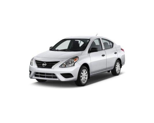 xe Nissan Versa