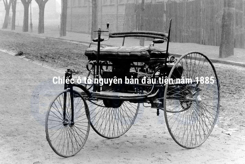 Năm 1885: Chiếc ô tô đầu tiên được ra đời vào bởi nhà phát minh người Đức Karl Benz. Tuy nhiên, cũng có một số nhà kỹ sư thực hiện nghiên cứu và cho ra đời những mẫu ô tô hiện đại vào cùng thời điểm đó.