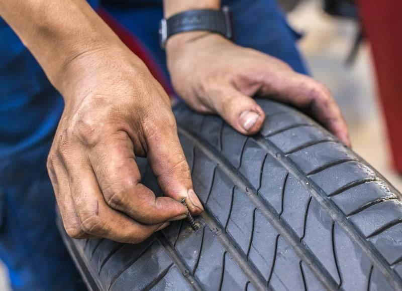 Đinh sẽ làm cho lốp xe hao mòn