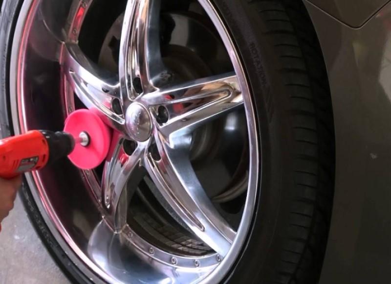 Cách vệ sinh vành bánh xe ô tô